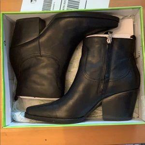 Sam Edelman Wendell bootie Black 7M-In box no tags